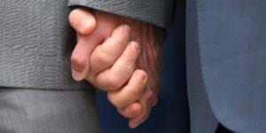 registro-firma-bologna-merola-nozze-gay-estero-15-settembre